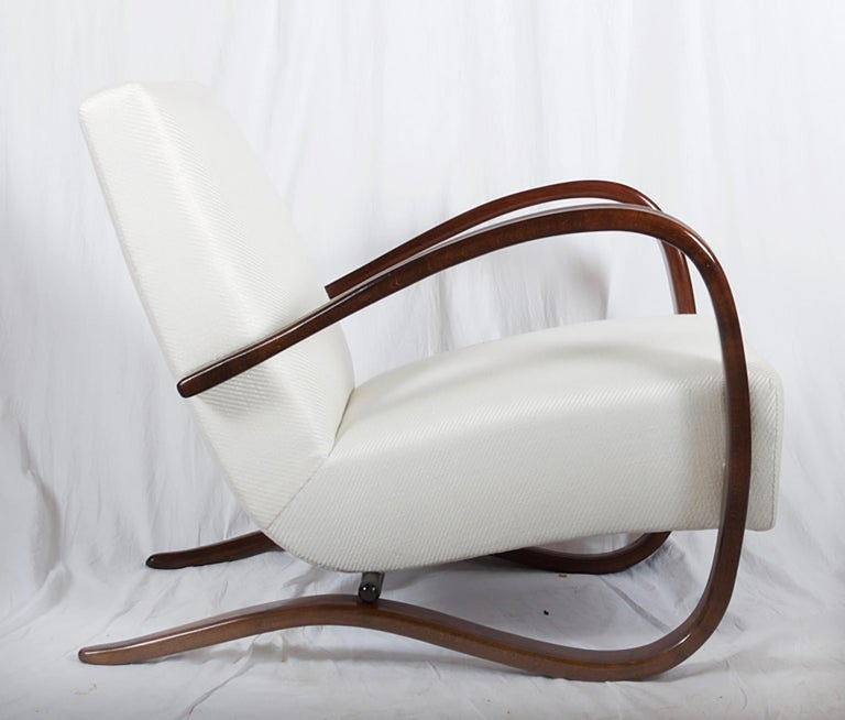 Mid-20th Century Art Deco Thonet H269 Armchair by Jindrich Halabala For Sale