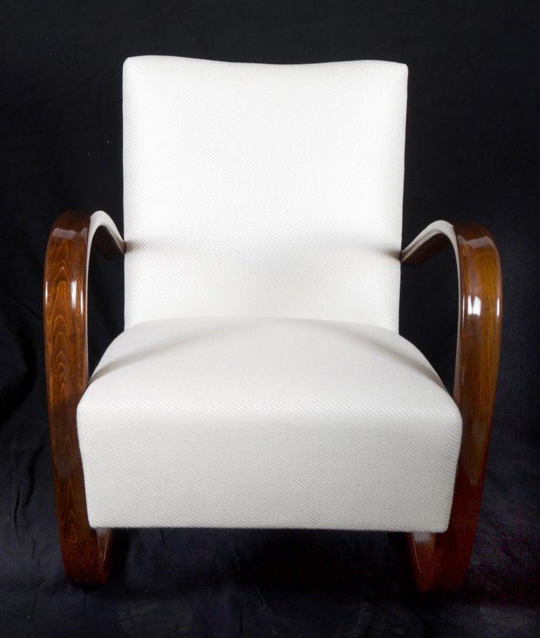 Beech Art Deco Thonet H269 Armchair by Jindrich Halabala For Sale