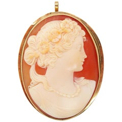 Art Deco Three Color Hand Carved Shell Cameo in 14 Karat Yellow Gold Pin Pendant