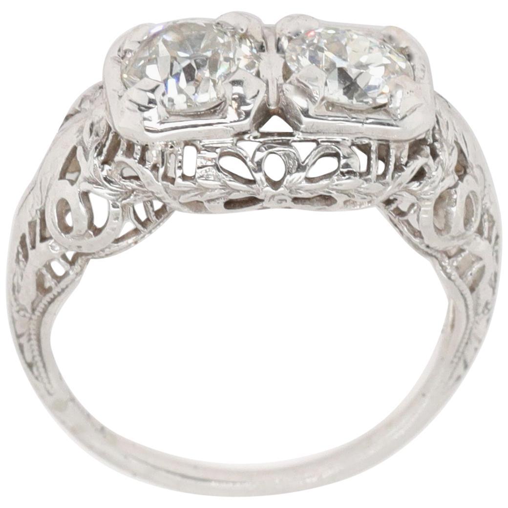 Art Deco Toi et Moi Old European Cut Diamonds 18 Karat White Gold Filigree Ring