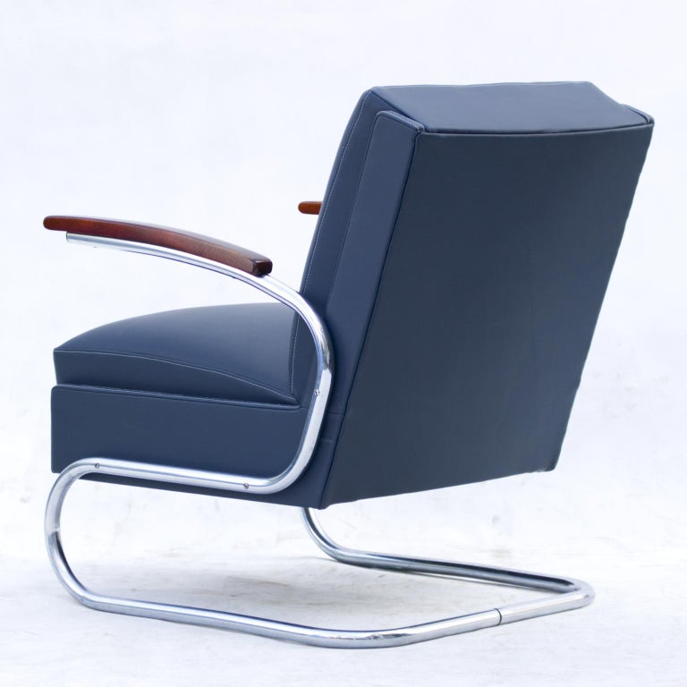 Blue Art Deco Tubular Steel Cantilever Armchair Fn 24 by Mücke & Melder, 1930s In Good Condition For Sale In Lucenec, SK