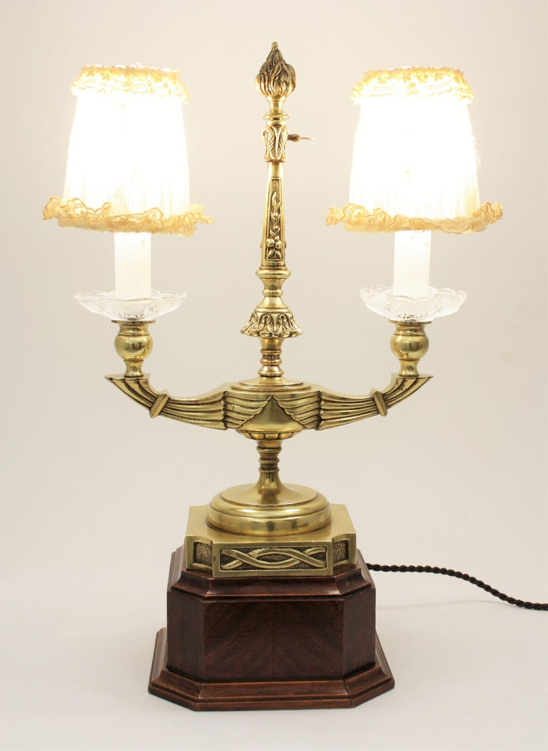 French Art Deco Two-Arm Brass and Glass Table Lamp with Lace Shades on a Wooden Base For Sale