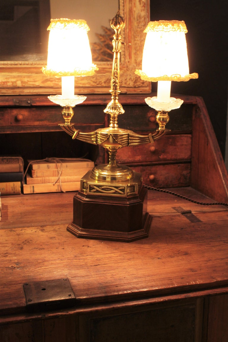Embroidered Art Deco Two-Arm Brass and Glass Table Lamp with Lace Shades on a Wooden Base For Sale