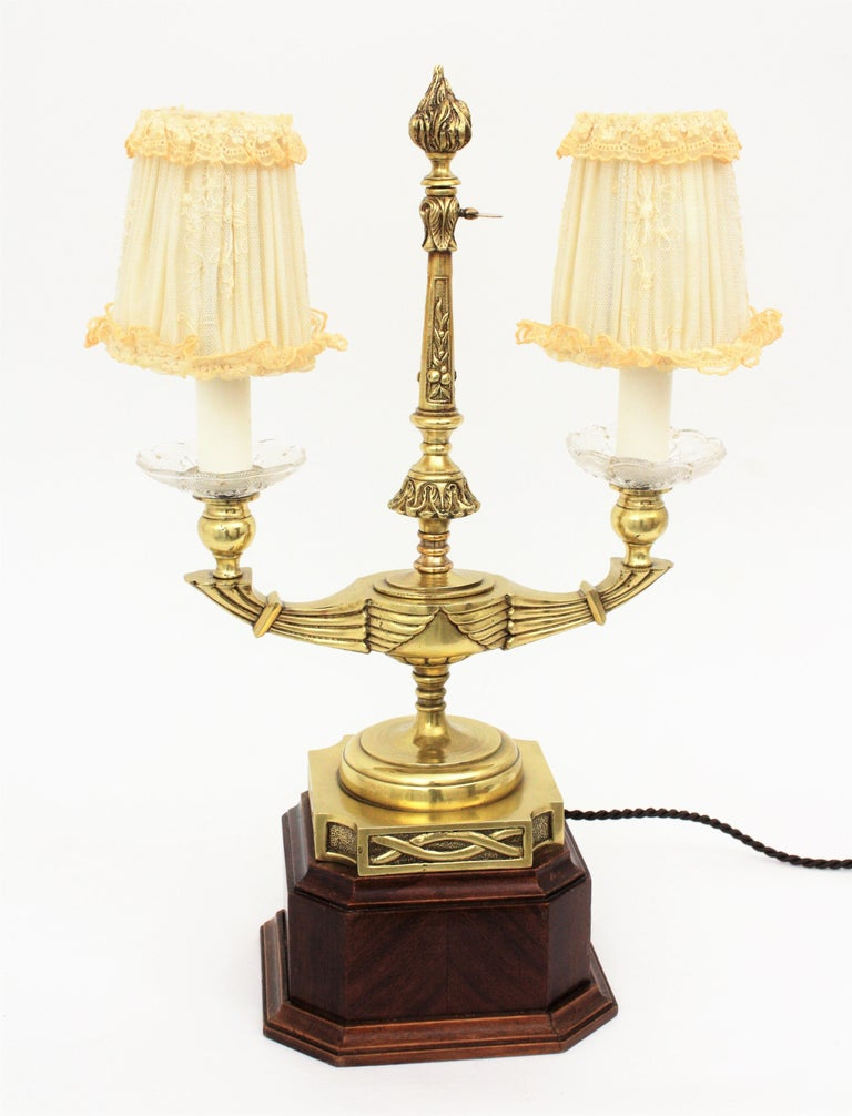 20th Century Art Deco Two-Arm Brass and Glass Table Lamp with Lace Shades on a Wooden Base For Sale