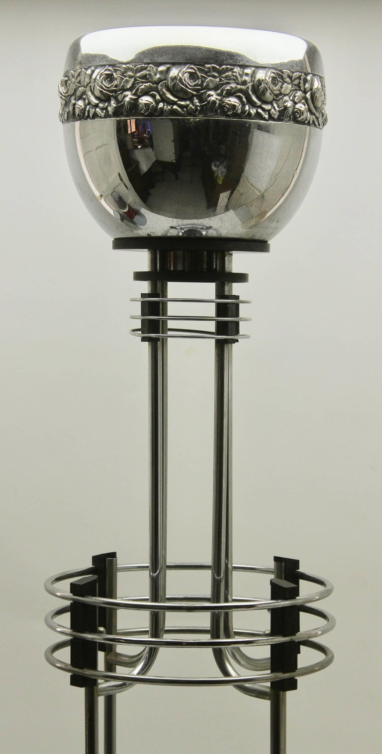 Metalwork Art Deco Umbrella stand / Jardinière in Chrome and Bakelite by Demeyere, 1931 For Sale