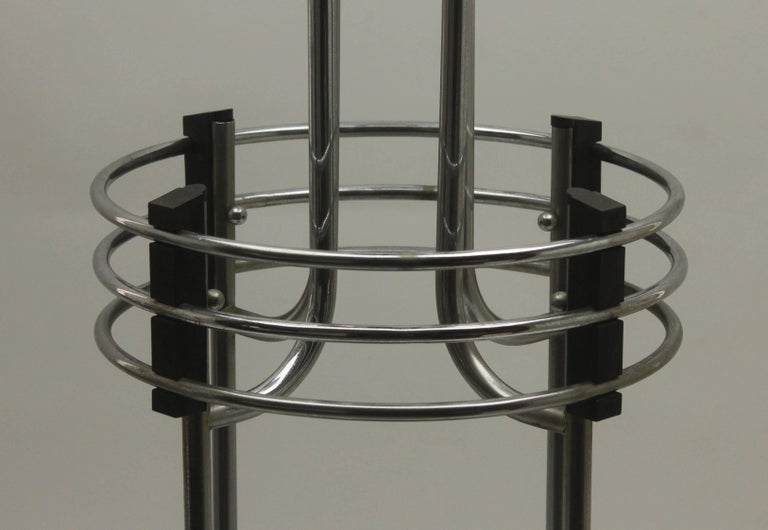 Mid-20th Century Art Deco Umbrella stand / Jardinière in Chrome and Bakelite by Demeyere, 1931 For Sale