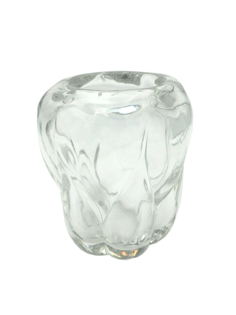 Art Deco Val St Lambert thick clear blown crystal vase. Mark at the bottom. Conditions: Very good. Wear consistent with age and use. Belgium, circa 1930.