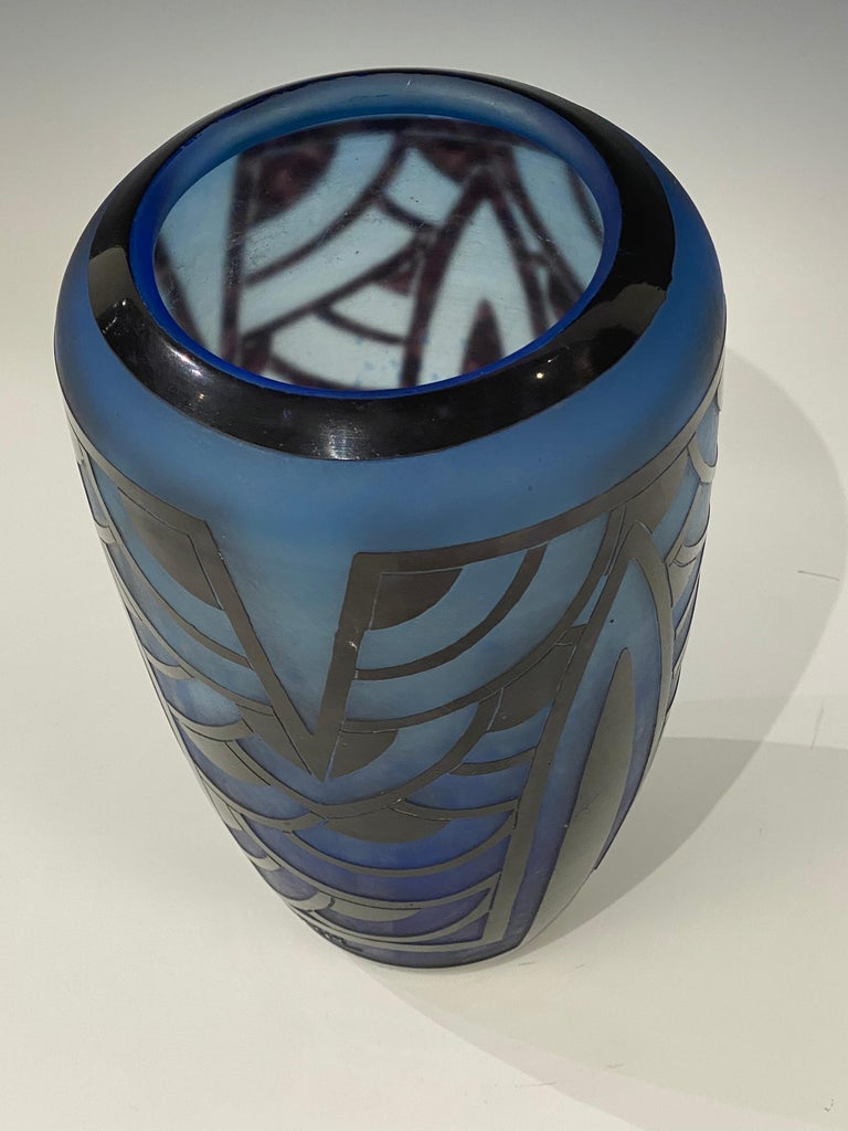 Art Deco glass vase by Le Verre Francais in the Nenuphars Bleus. depicting a geometric design. Made in France Circa: 1928 Signature: Charder & Le verre Francais.