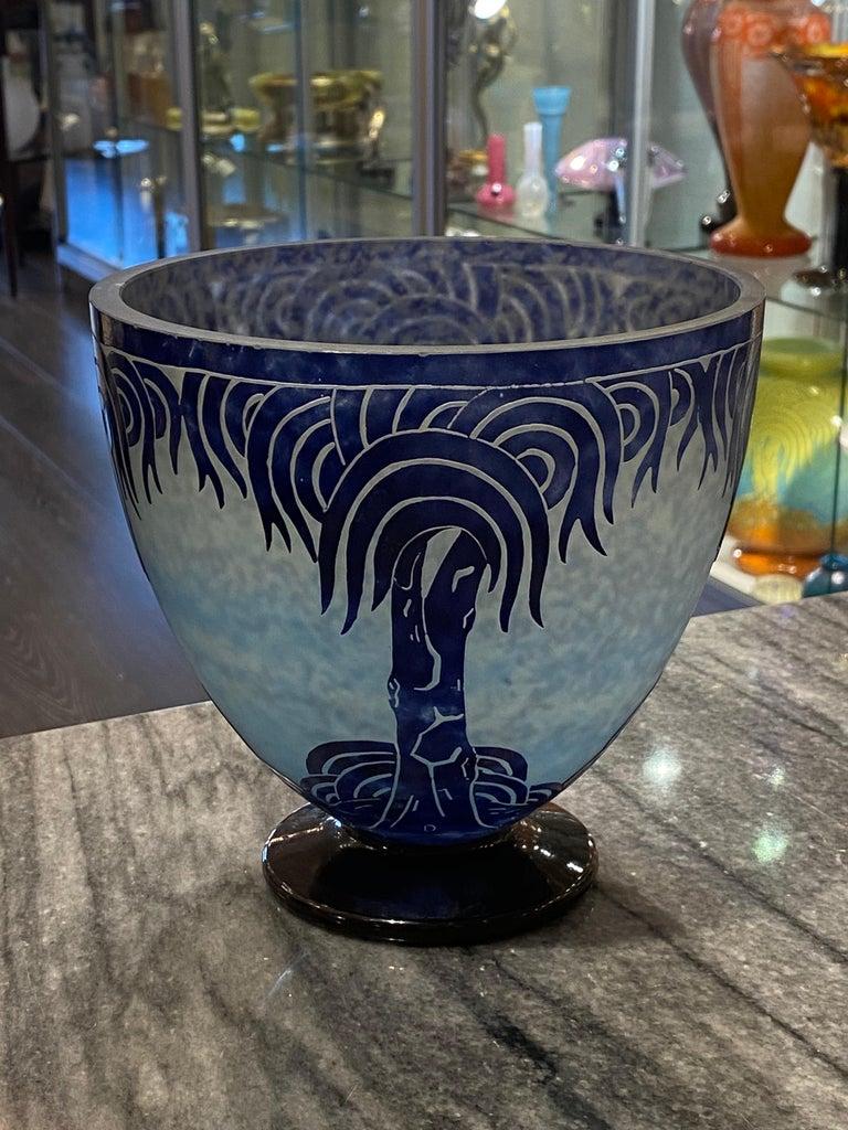 Art Deco Vase by Le Verre Francais Palmier Bleus In Good Condition For Sale In Coral Gables, FL