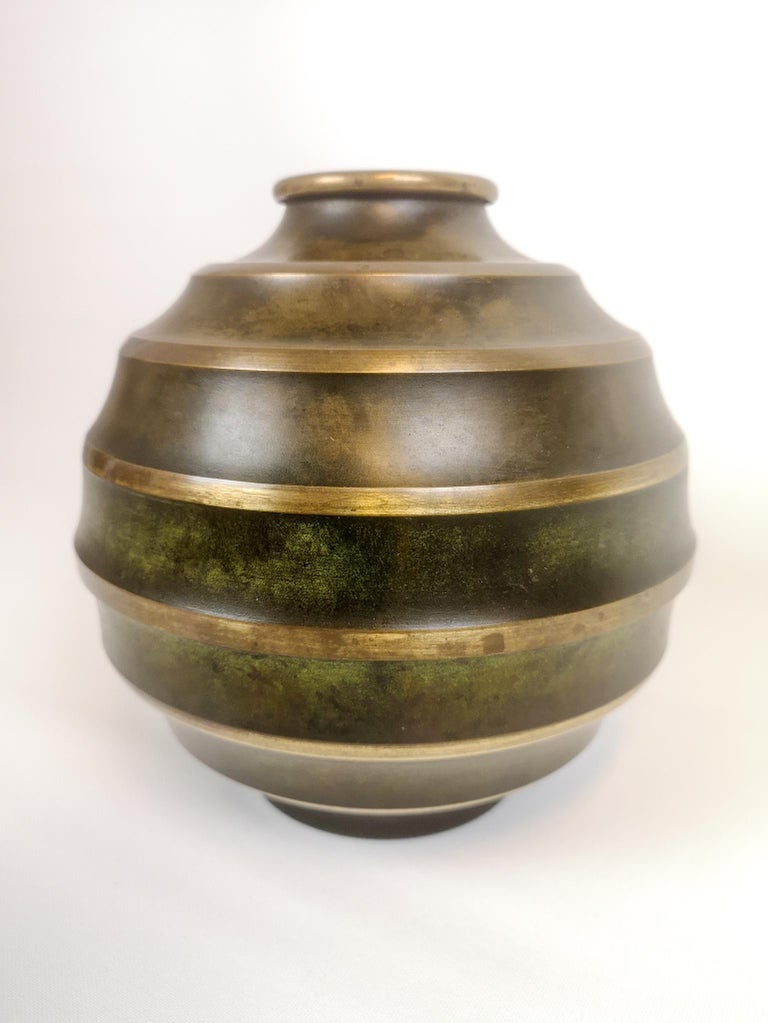 Art Deco Vase in Bronze and Brass by SVM Handarbete, Sweden In Good Condition For Sale In Langserud, SE