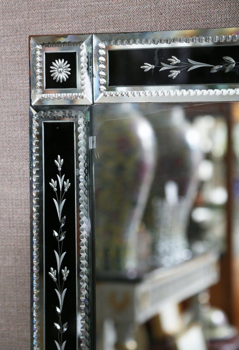 Art Deco Venetian Glass Mirror In Black And Clear At 1stdibs