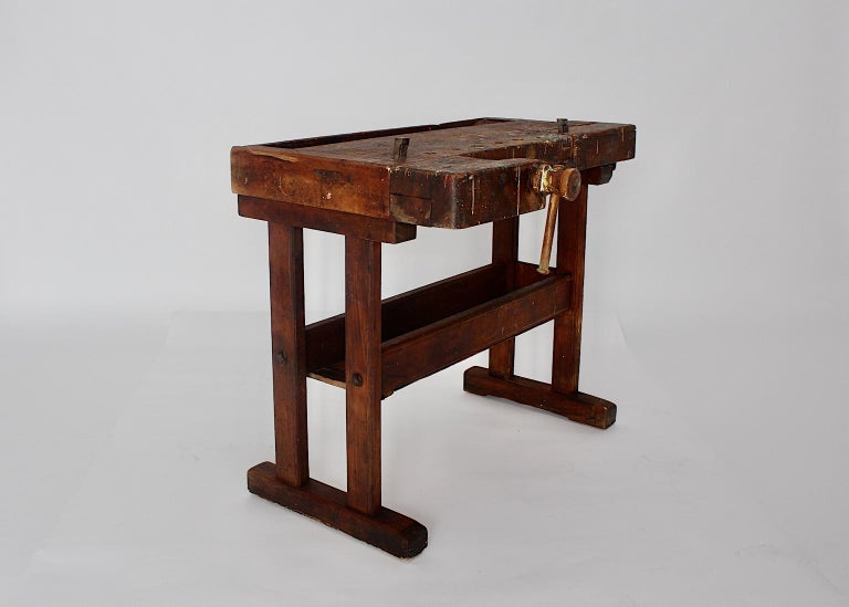 An Art Deco vintage beech workbench, which was manufactured by the Viennese tool factory Johann Weiss Sohn.  Founded in 1820 Johann Weiss Sohn factory was the most important tool factory during this era, 1845. Johann Weiss participated at the