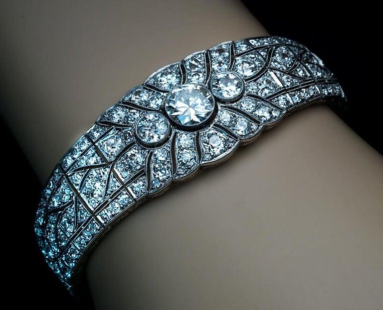 Art Deco Vintage Diamond Platinum Bracelet For Sale 2