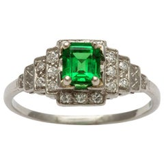 Art Deco Vintage Platinum Ring with Emerald Tsavorite and Diamonds