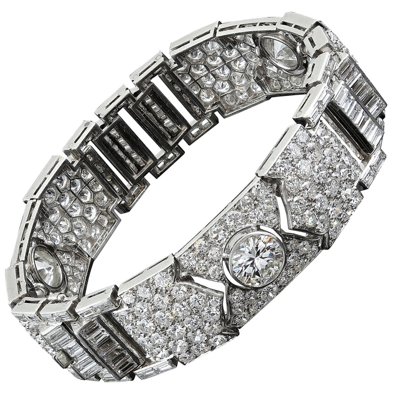Art Deco Vintage Unique 36 Carat Platinum Bracelet