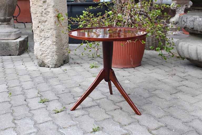 Art Deco Vintage Walnut Round Side Table Attributed Josef Frank, 1930s, Vienna For Sale 7