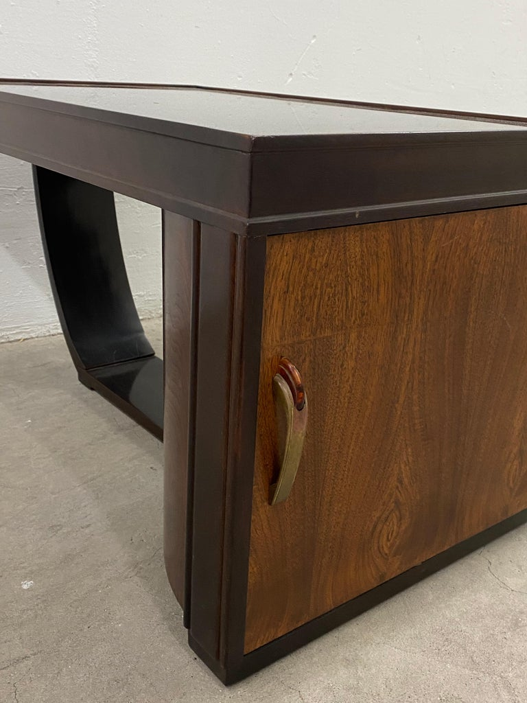 Hand-Crafted Art Deco Walnut and Smokey Glass Bar / Cocktail Table, circa 1920s For Sale