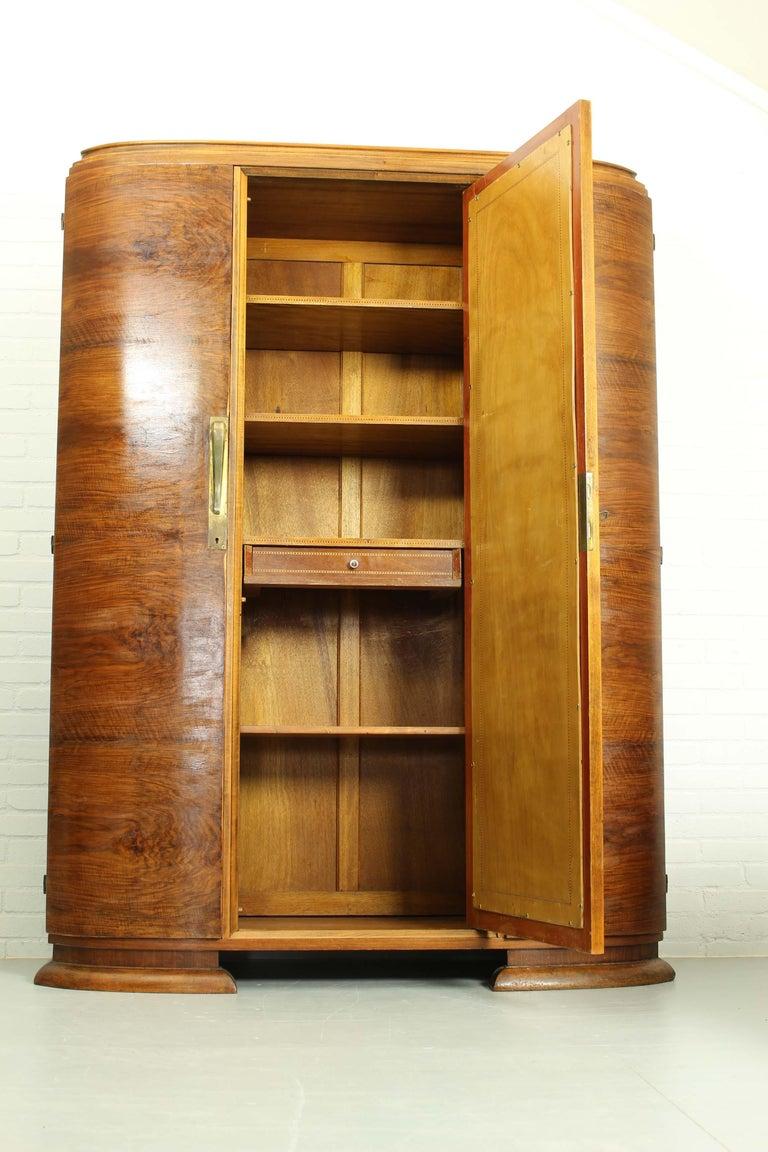 Art Deco Walnut Wardrobe Cabinet by Guerin, Paris, 1920 In Good Condition For Sale In Appeltern, Gelderland