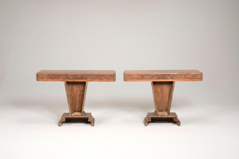 Italian Art Deco Walnut Wood and Black Ebonized Lacquered Details Table Console For Sale