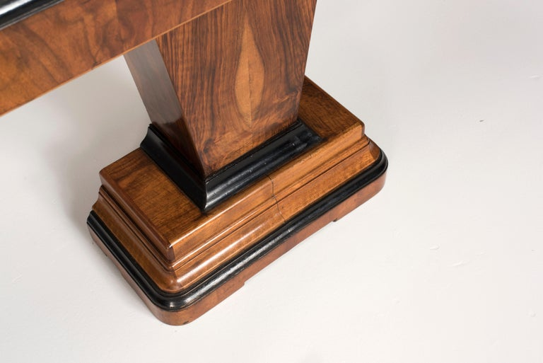 20th Century Art Deco Walnut Wood and Black Ebonized Lacquered Details Table Console For Sale