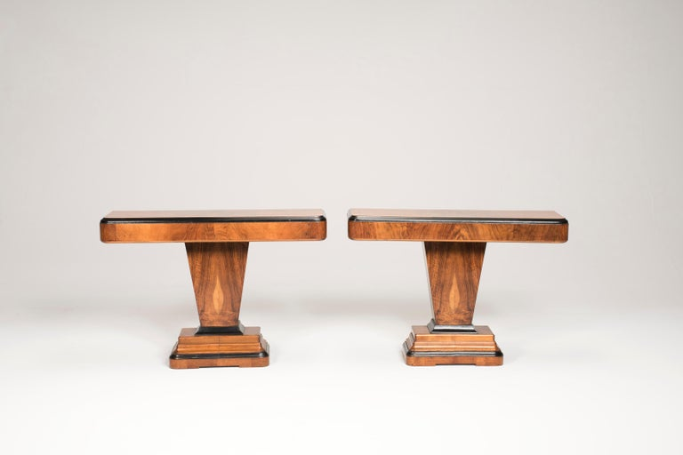 Art Deco Walnut Wood and Black Ebonized Lacquered Details Table Console For Sale 2