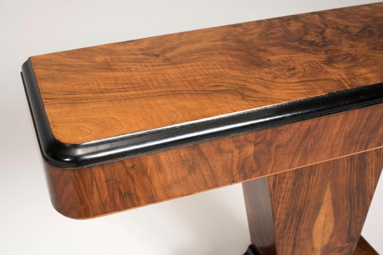Art Deco Walnut Wood and Black Ebonized Lacquered Details Table Console For Sale 4