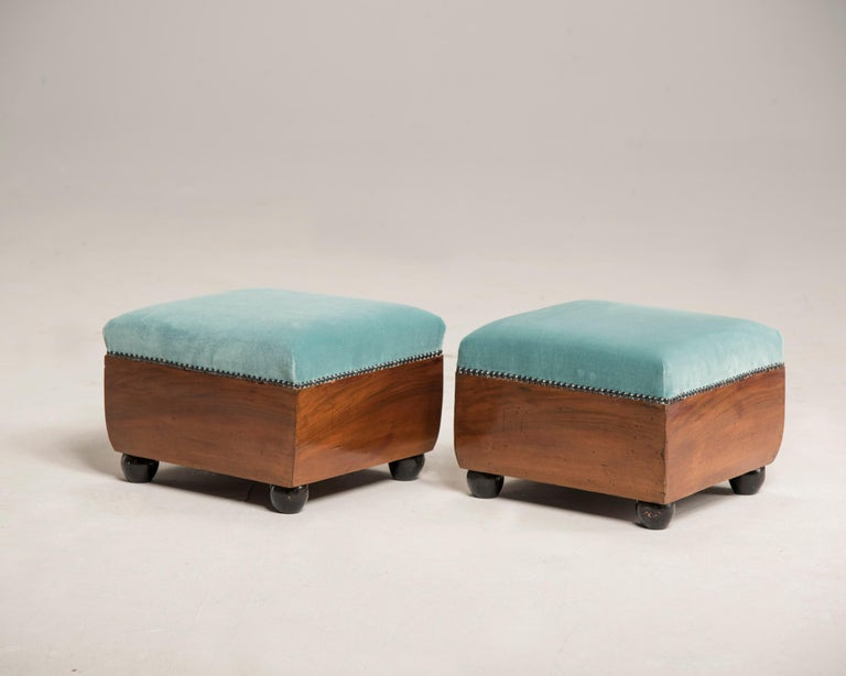 Art Deco Walnut Wood Armchairs and Ottomans in Light Green Velvet For Sale 12
