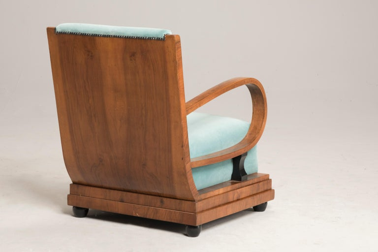 Art Deco Walnut Wood Armchairs and Ottomans in Light Green Velvet For Sale 1