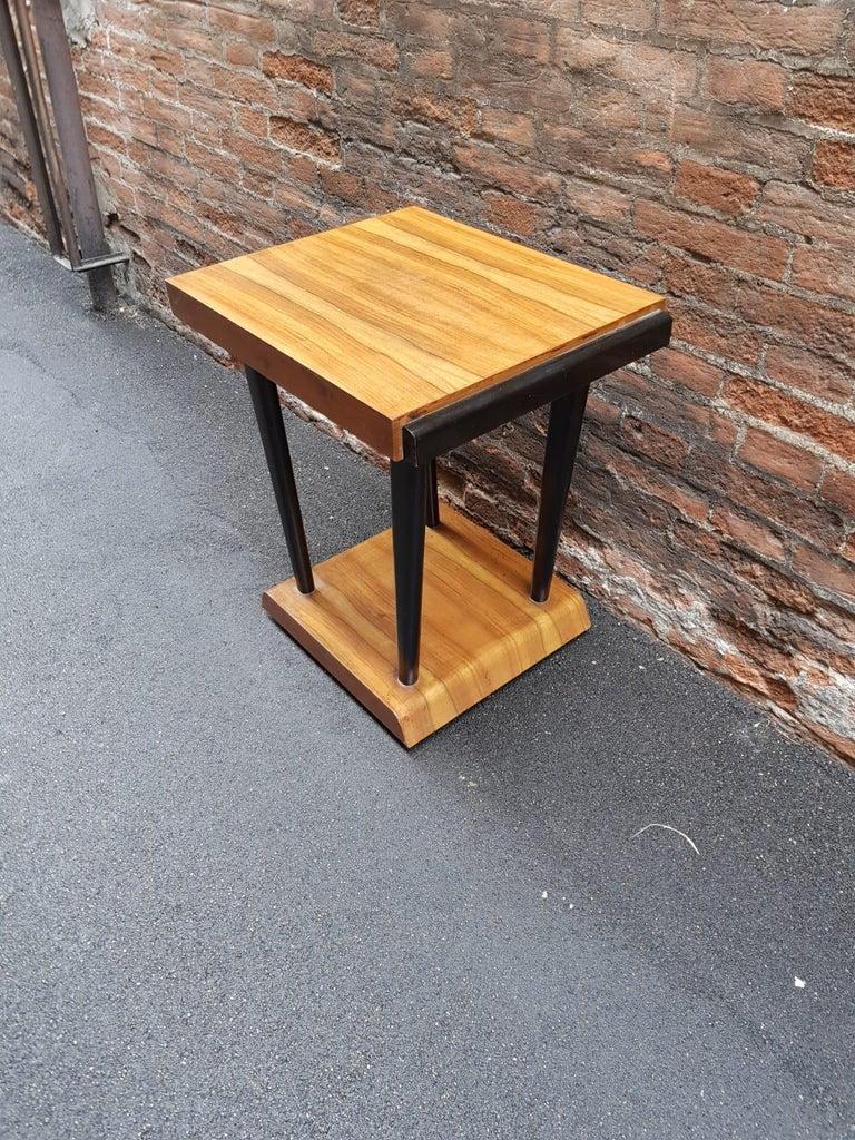 Italian Art Deco Walnut Wood Black Ebonized Legs Squared Side or Coffee Table For Sale