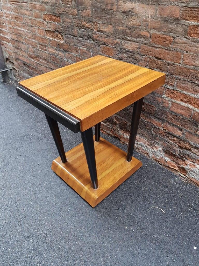 Art Deco Walnut Wood Black Ebonized Legs Squared Side or Coffee Table For Sale 3