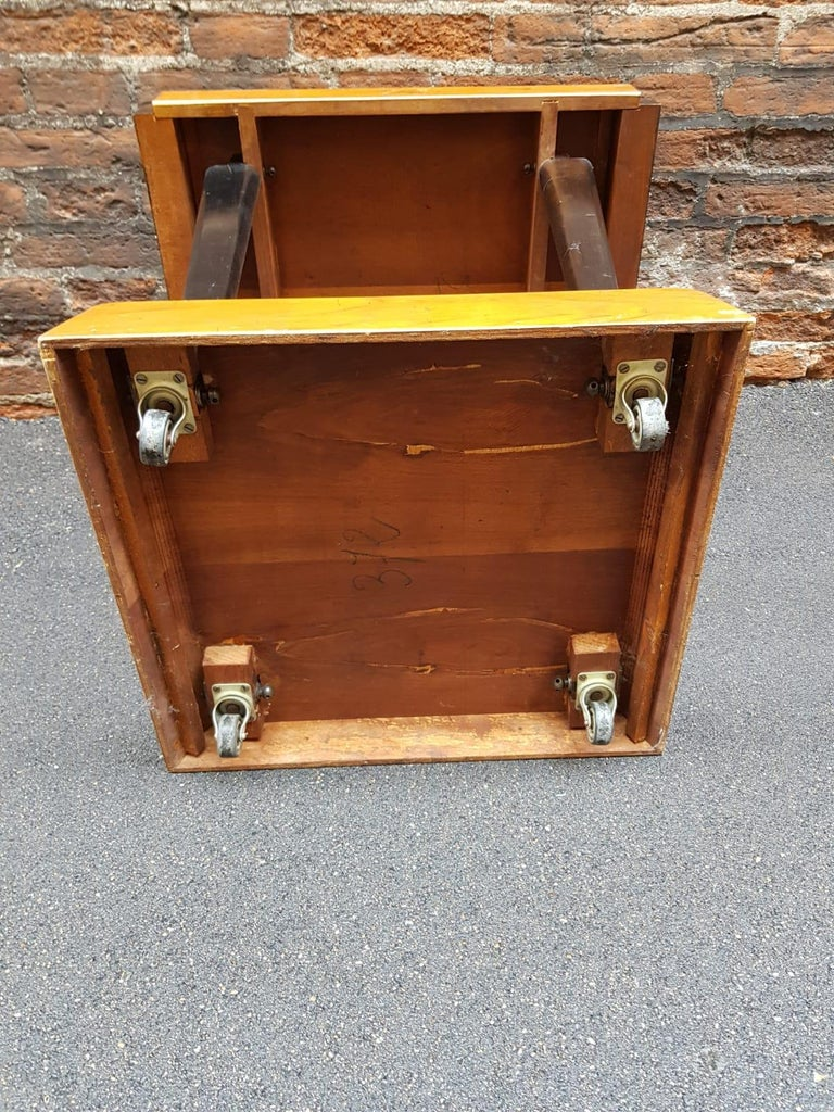 Art Deco Walnut Wood Black Ebonized Legs Squared Side or Coffee Table For Sale 4