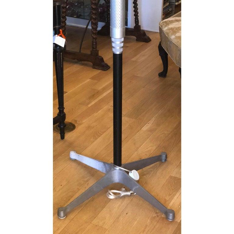 Art Deco Walter Von Nessen Style Machine Age Industrial Floor Lamp In Good Condition For Sale In LOS ANGELES, CA