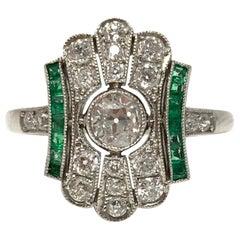 Art Deco White Diamond and Emerald Ring in Platinum