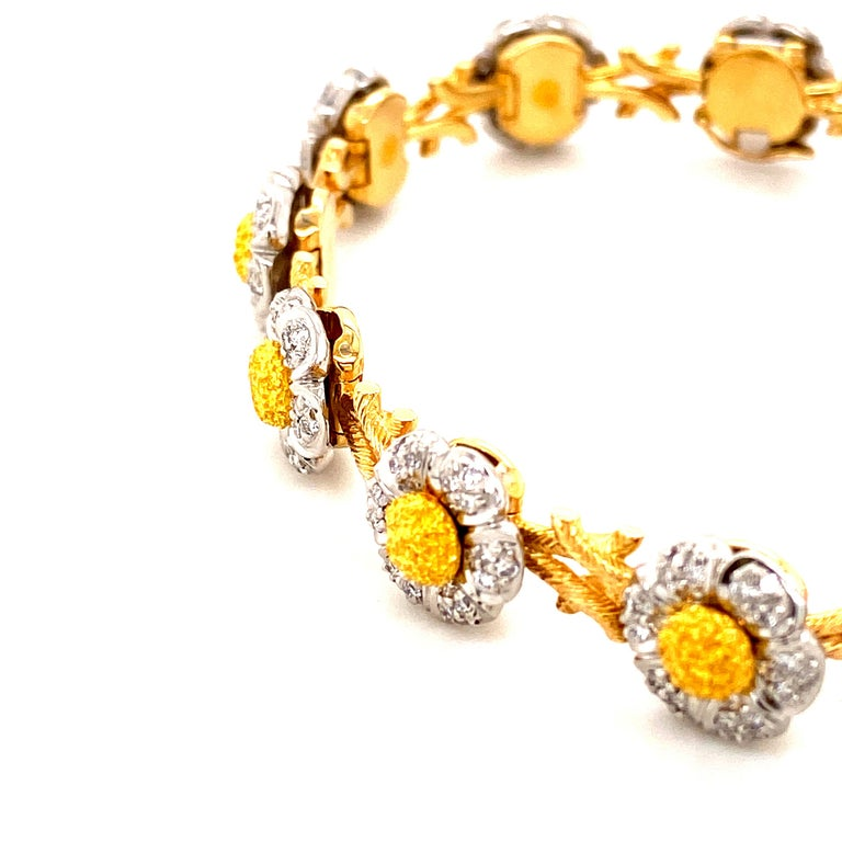 Art Deco Style White Diamond, Yellow and White Gold Bracelet In New Condition For Sale In Admiralty, HK