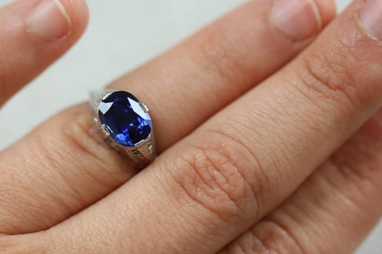 Art Deco White Gold 4.09 Carat Natural Gia Royal Blue Sapphire Ring For Sale 3