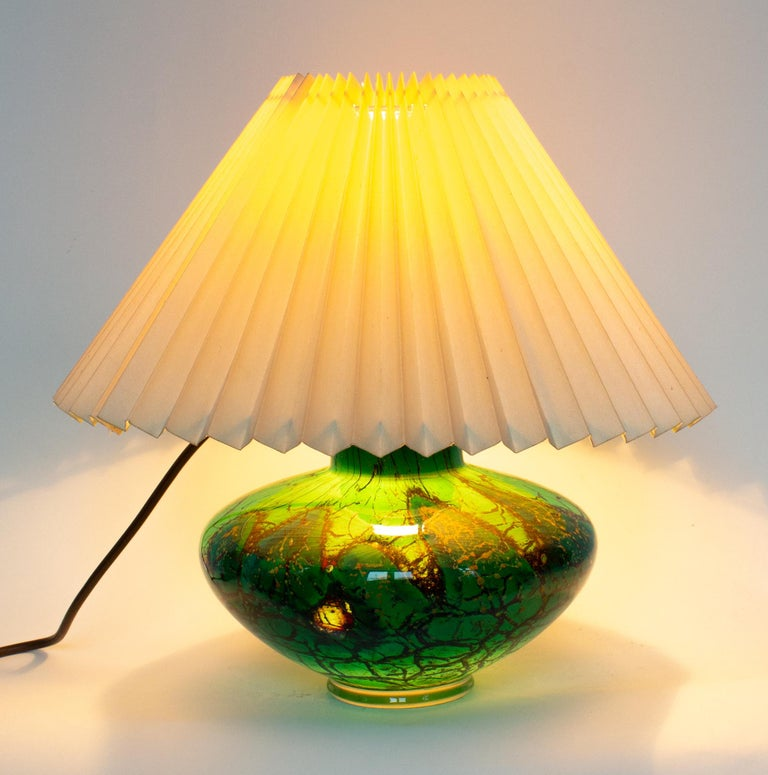 German Art Deco WMF Ikora Art Glass in Green, Black and Gold, Table Lamp For Sale