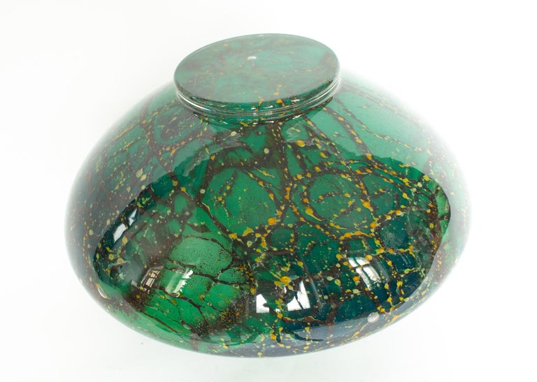 Art Deco WMF Ikora Art Glass in Green, Black and Gold, Table Lamp For Sale 2