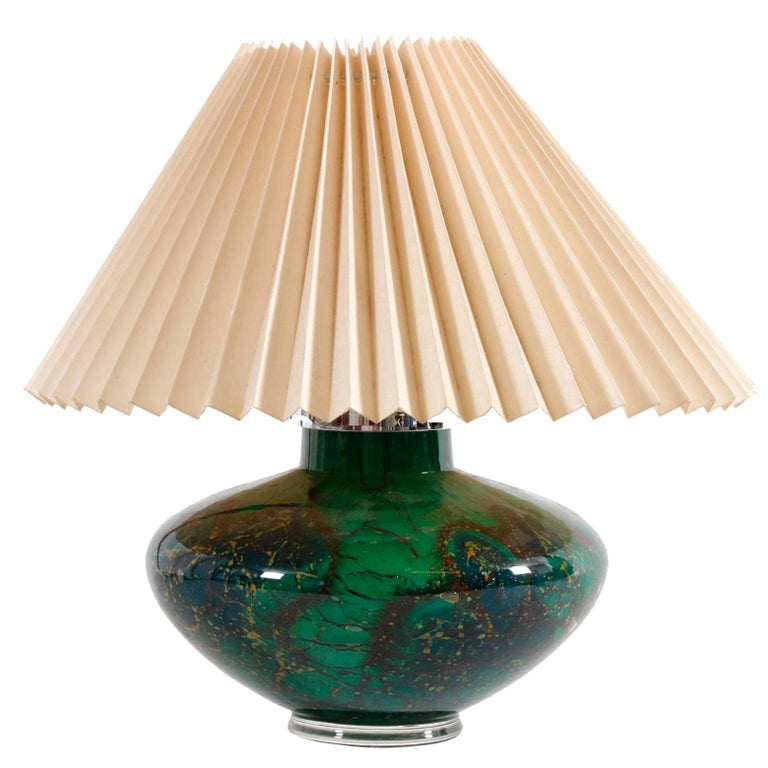 Art Deco WMF Ikora Art Glass in Green, Black and Gold, Table Lamp For Sale