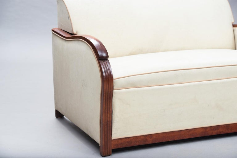 Art Deco Wood Framed French Sofa-Bed In Good Condition For Sale In Porto, PT