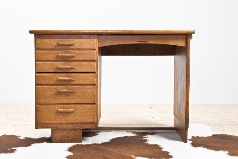 Art Deco Writing Table and Petit Desk in Solid Oak, Dutch Modernist, 1930s In Good Condition For Sale In Beek en Donk, NL