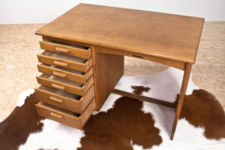 Art Deco Writing Table and Petit Desk in Solid Oak, Dutch Modernist, 1930s For Sale 2