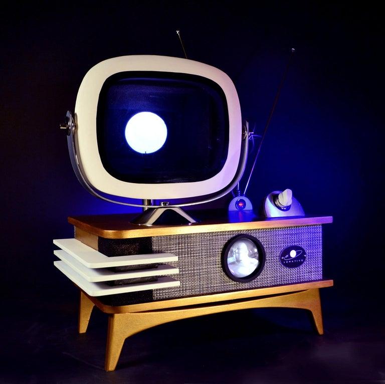 Mid-Century Modern Art Donovan / Kinetic, Illuminated, Moon TV Sculpture, Midcentury/Atomic Age For Sale