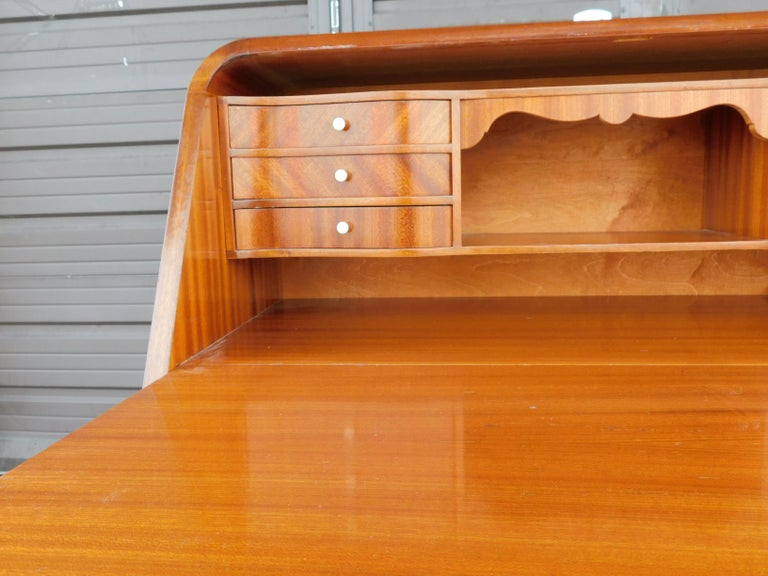 Art Moderne Secretaire Desk with Chest of Drawers in Mahogany, Sweden, 1940s For Sale 3