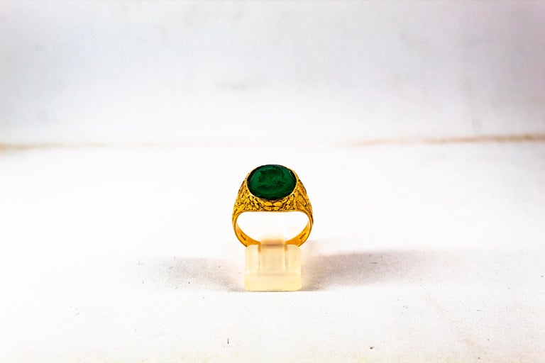 This Ring is made of 14K Yellow Gold. This Ring has 0.06 Carats White Modern Round Cut Diamonds. This Ring has a Carved Carnelian represents a Roman Soldier. Size ITA: 20 USA: 9 We're a workshop so every piece is handmade, customizable and resizable.