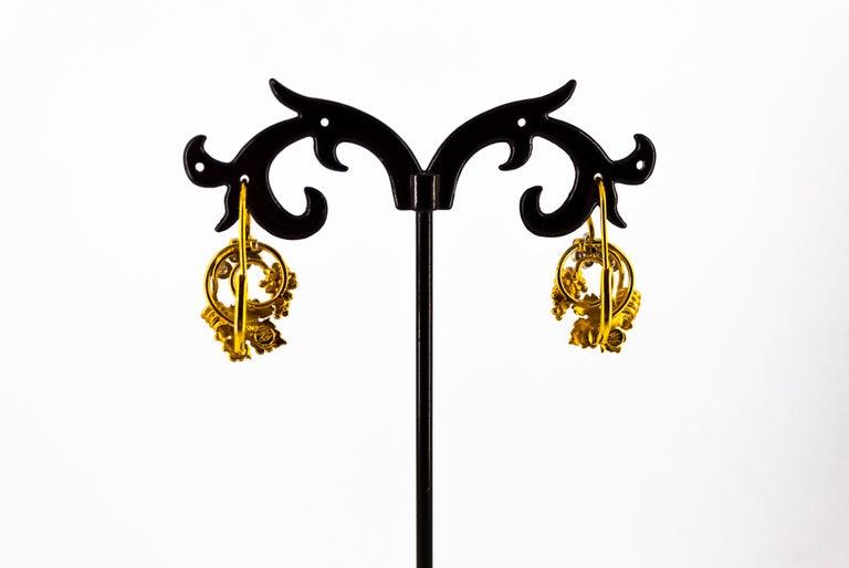 Art Nouveau 0.18 Carat White Diamond Yellow Gold Flower Lever Back Earrings For Sale 3
