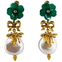 Art Nouveau 0.40 Carat White Diamond Agate Pearl Yellow Gold Drop Stud Earrings