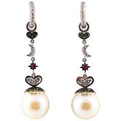 Art Nouveau 0.95 Carat White Diamond Emerald Ruby Pearl White Gold Drop Earrings