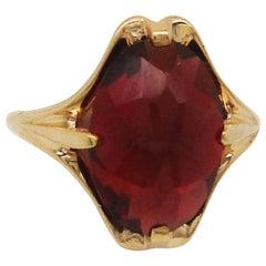 Art Nouveau 14 Karat Yellow Gold Rose Cut Garnet Dinner Ring