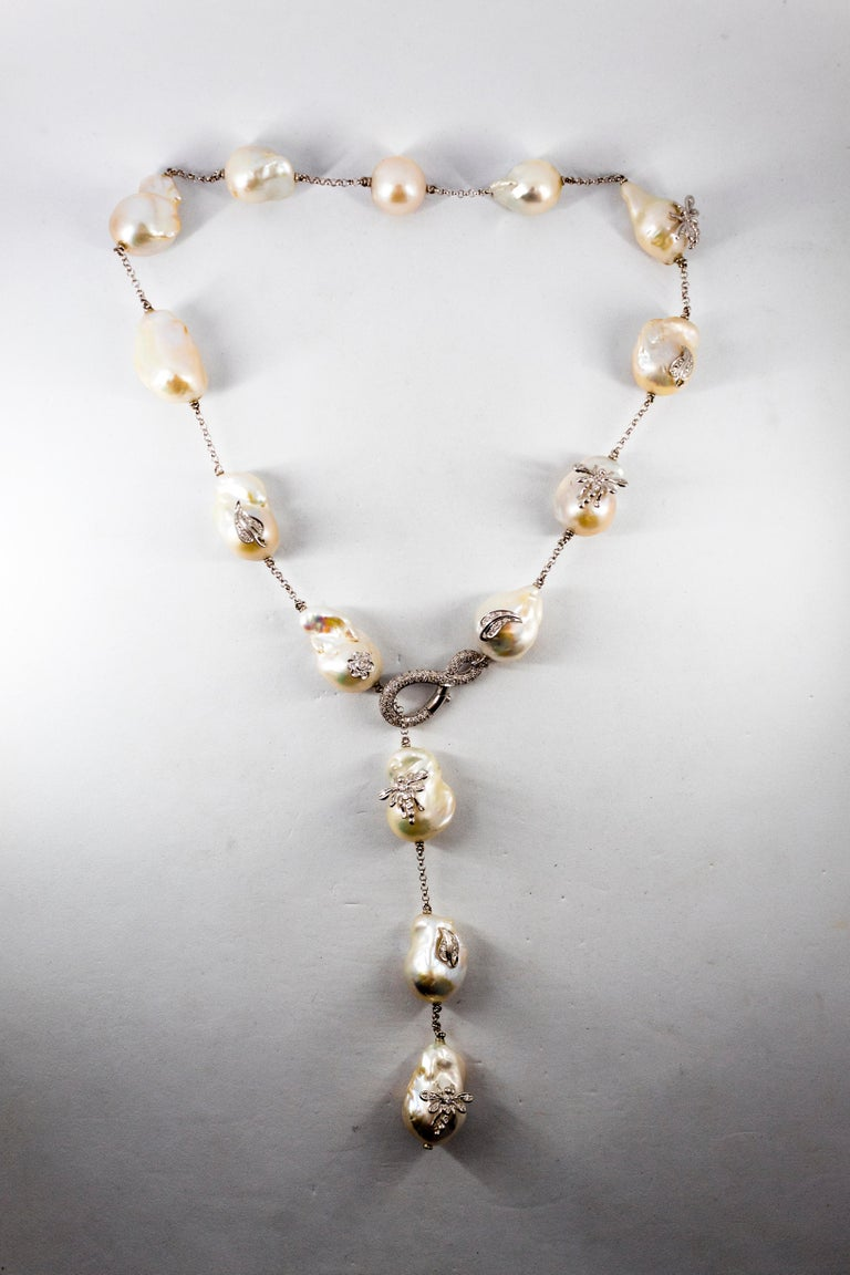 Art Nouveau 1.75 Carat White Diamond Pearl White Gold Beaded Drop Necklace For Sale 6