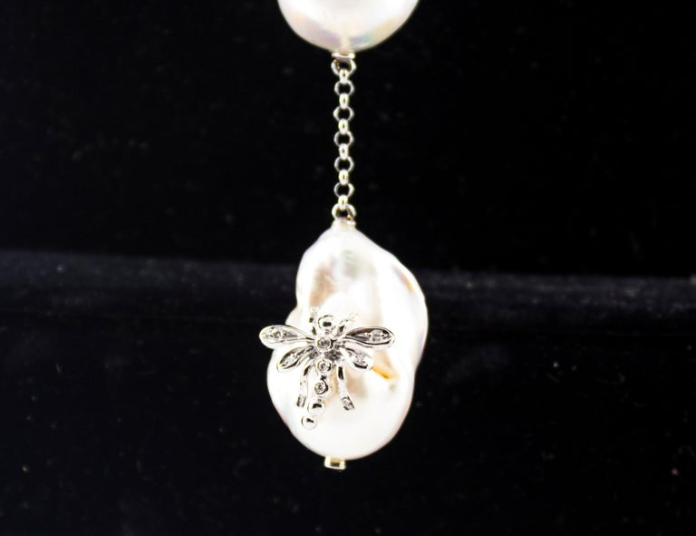 Art Nouveau 1.75 Carat White Diamond Pearl White Gold Beaded Drop Necklace In New Condition For Sale In Naples, IT